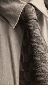 Dinge die man beim Binden eines Krawattenknoten beachten sollte.