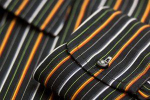 Krawattenknoten wählt man passend zum Hemd aus.